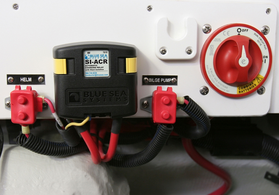 7650_install blue sea systems add a battery system with acr and switch p n 7650 blue sea systems add a battery wiring diagram at mifinder.co