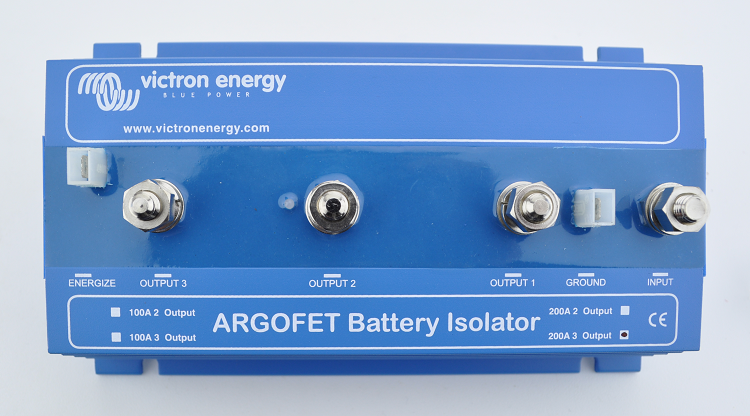 Low Loss FET battery isolators